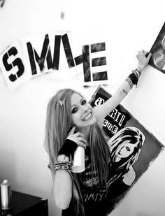 Avril Lavinge # Smile