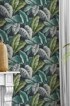Our popular wallpaper Verena features fabulous depictions of the Monstera plant. Blue and fern-green leaves emerge from a black-blue background. Black And Blue Background, Tropical Wallpaper, Pattern Wallpaper, Blue Backgrounds, Ferns, Green Leaves, Decoration, Natural, Blue Nails