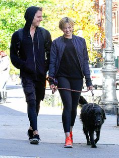 Analeigh tipton y jake mcdorman dating. Dating for one night.