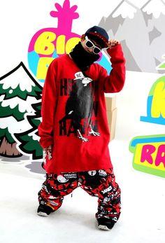 Hiphop crow raven ' Extreme brand character snowboard tall-T fashion design. Designed by DOLDOL. www.doldoly.com. #Snowboard #skateboard #sk8 #longboard #surf #hiphop #bike #graphicer #mtb  #스노우보드 #tshirts #character #characterdesign #톨티#snowboarding #extremesports #graffiti #캐릭터라이센스 #돌돌디자인 #emblem #힙합 #like4like #캐릭터디자인 #raven #까마귀 #license #인스타그램 #tattoo #보드 #캐릭터제작