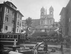 Piazza di Spagna (Vidal, 1911) Tranvai n. 14 :) Best Cities In Europe, Ancient Rome, Vatican, Romans, Beautiful Images, Old Photos, Art History, Travel Photography, Places To Visit