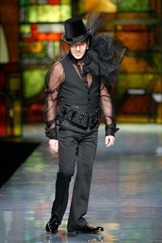 The eccentric John Galliano |Pinned from PinTo for iPad|