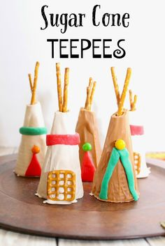 Sugar Cone Teepee Kids Thanksgiving Party Recipe Surviving A Teachers Salary Sugar Cone Teepees seriously how perfect are these Thanksgiving treats These would be aweso. Thanksgiving Parties, Thanksgiving Activities, Happy Thanksgiving, Thanksgiving Recipes, Happy Fall, Oreo Dessert, Mini Desserts, Holiday Treats, Holiday Fun