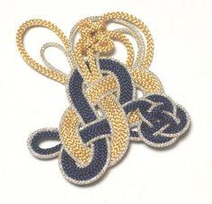 Q201-8자매듭핀free형 : 15000원부터 ; 8자매듭,날개매듭,생쪽매듭