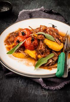La ricetta del ragù e tre differenti modi di impiegarlo in cucina -  Ragú Three Ways - Guest Post by Darina Kopcok - #Gratinée blog