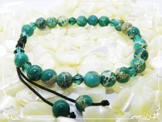 Beaded Bracelets, Jewelry, Fashion, Green, Shelf, Jewellery Making, Moda, Pearl Bracelets, Jewerly