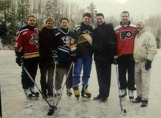 WOW!!! Quelle Belle Picture de Vedettes Legendaires de la #LNH. Pavel Bure, Wayne Gretzky, Paul Kariya, Jaromir Jagr, Mario Lemieux, Eric Lindros& Gordie Howe.