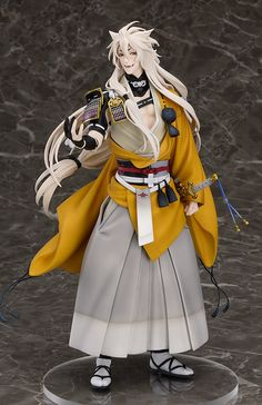 """""""My name may mean 'small fox', but I'm by no means small."""" From the popular browser game Touken Ranbu -Online-* comes a 1/8th scale figure of Kogitsunemaru, the great sword. He has been faithfully sculpted based on the pose he takes when you receive him in the game, with his long, flowing hair carefully detailed to ensure that he can be proud of his beautiful """"fur.""""... #figure"""