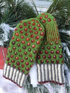 Lilians Bärvantar – Dela dina vantar! Knitted Mittens Pattern, Knit Mittens, Mitten Gloves, Knitted Hats, Fingerless Mittens, Wrist Warmers, Crochet, Christmas Sweaters, Diy And Crafts
