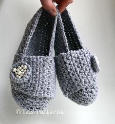 Ravelry: Crochet pearl slippers pattern by Luz Mendoza