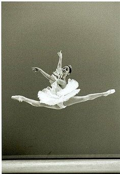 reminds me of the days when I dreamed of being a ballerina