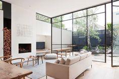 Gut Anbau, Fenster, Wohnzimmer, Gabelbein Stuhl, Minimalistische  Einrichtung, Moderne Fenster Und