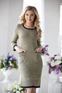 "Stylish classic dress ""Eliza"", with jacquard pattern and patch pockets! Beautiful Prom Dresses, Beautiful Outfits, Nice Dresses, Warm Outfits, Stylish Outfits, Jacquard Dress, Knit Dress, Fashion Dresses, Diana"