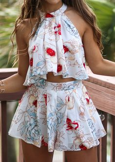 Floral Ruffled Crop Top Shorts Set #floral #trend #shorts  #shopping