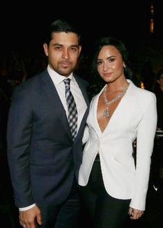 Demi Lovato e o ator Wilmer Valderrama terminam namoro de seis anos #Ator, #Billboard, #CalvinHarris, #Comunicado, #Famosos, #LasVegas, #M, #Mundo, #Namoro, #Novidade, #TaylorSwift, #ZaynMalik http://popzone.tv/2016/06/demi-lovato-e-o-ator-wilmer-valderrama-terminam-namoro-de-seis-anos.html