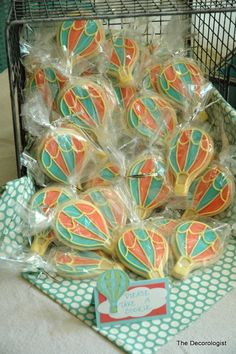 hot air balloon cookies for vintage travel baby shower
