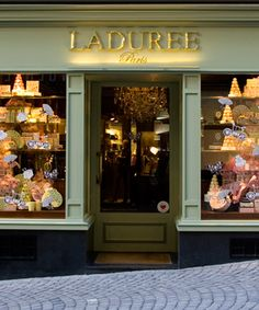 Laduree Paris - this was a special little treat for my little darling, afternoon tea Paris style. Laduree Paris, Patisserie Paris, French Patisserie, Dream Dictionary, Paris Summer, Lausanne, Shop Fronts, Perfect World, Paris Travel