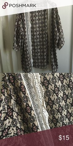 Tribal print kimono Perfect as a coverup or pair with a Tshirt and jeans, great condition, rarely worn. Jolt Sweaters Shrugs & Ponchos