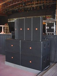 Nothing but the best, JBL SRX!!!!