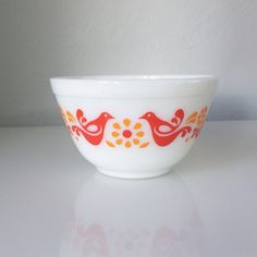 Perfect Friendship 401 Pyrex Bowl Vintage by PyrexToTheFuture