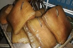 Červená řepa s křenem   jitulciny-recepty.cz Nutella, Bread, Homemade, Fruit, Food, Bulgur, Roast, Food Dinners, Home Made