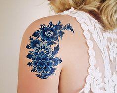 Delft Blue temporary tattoo / floral temporary por Tattoorary