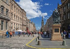 Royal mile © Mike HH
