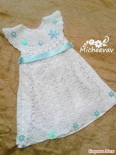 """Всем Доброго Дня! Наконец довязала горе платье.  Наша вариация на тему """"Снежинка"""". Готовимся к утреннику, очень переживаю не будет ли дочка белой вороной."""
