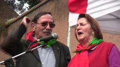 """Accompagnata dall'applauso dei manifestanti di Porta San Paolo a Roma, la partigiana Tina Costa, staffetta lungo la Linea Gotica all'età di sette anni, ricorda la conquiste della Liberazione e attacca le riforme del governo Renzi. """"Dobbiamo fare in modo che non passi questa vergogna, perché la Costituzione è scritta con il sangue dei nostri combattenti"""" video di Francesco Giovannetti"""