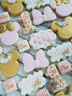 Minnie Mouse Birthday Theme, First Birthday Cookies, 2nd Birthday Party For Girl, Girl Birthday Decorations, 1st Birthday Girl Party Ideas, Minnie Mouse Baby Shower, Minnie Mouse Party, First Birthdays, Minnie Mouse Cookies