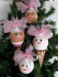 The Decorative Painting Store: Ice Cream Cone Ornies Pattern - Kathleen Whiton… Gingerbread Crafts, Snowman Crafts, Ornament Crafts, Christmas Baubles, Diy Christmas Ornaments, Christmas Projects, Handmade Christmas, Holiday Crafts, Christmas Decorations