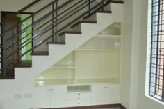 44346-our-tv-and-other-things-storage-under-the-stairs-by-jasmin-jimenez_1024x600.jpg 1,024×688 pixels