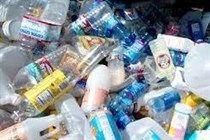 http://www.hir24.hu/zoldblog/ Egyre nagyobb vita van kialakulóban az egyutas – vissza nem váltható - italcsomagolásokra tervezett betétdíj körül. Az érveket a környezetvédők és az állam, az ellenérveket a csomagolásban és az élelmiszer-feldolgozásban érdekelt szervezetek sorakoztatják fel, a lakosság pedig csak kapkodja a fejét.
