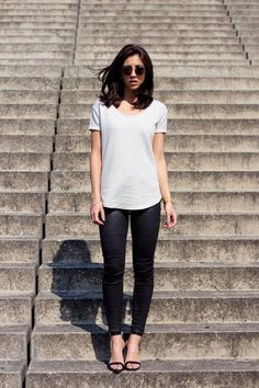 When in doubt, pull out your basics, like this look from Kayla of Not Your Standard. #Fashion #Style