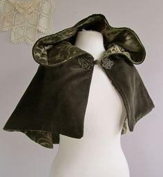 Victorian Velvet Hooded Capelet. $74.00, via Etsy.