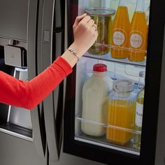Top 5 Reasons to Check out the LG InstaView Refrigerator at Best Buy