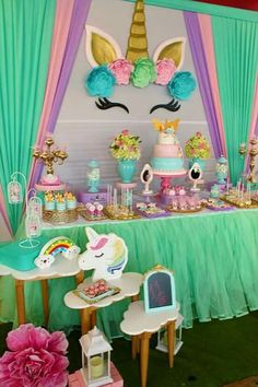 Top Birthday Party For Girls Unicorn 12th Birthday Party Ideas, Unicorn Themed Birthday Party, 1st Birthday Girls, Birthday Party Decorations, Bday Girl, Unicornio Birthday, Unicorn Baby Shower, Unicorns, Creative Ideas
