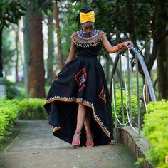 Xhosa Attire, African Attire, African Wear, African Dress, Venda Traditional Attire, African Fashion Traditional, Traditional Outfits, African Bridesmaid Dresses, African Wedding Dress