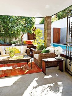 Furniture + Flooring + Shaded + Brick column