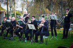 10 Entertainment Ideas for Your Drinks Reception - Jazz Band | The Wedding Community