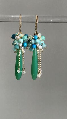 Green Chrysoprase Chalcedony, Turquoise, Opal Pearl Earrings, Gold Dangle Earrings - Best Picture For diy jewelry earrings studs For Your Taste You are looking for something, and it - Black Pearl Earrings, Bar Stud Earrings, Beaded Earrings, Earrings Handmade, Beaded Jewelry, Dangle Earrings, Handmade Jewelry, Simple Bead Earrings, Dior Earrings