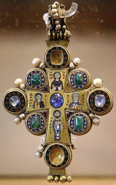 Θεοτόκος δεομένη, Άγιο Νικόλαος, Άγιος Δημήτριος και ο Ιερός Χρυσόστομος. http://leipsanothiki.blogspot.be/