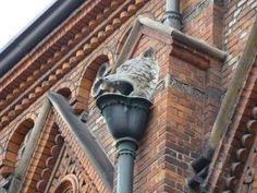 Nedløbsrør på Universitetsbibliotekets facade til Fiolstræde