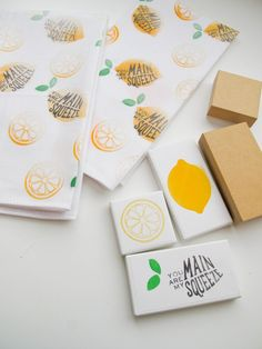 Custom stamps on fabric - diy with your Silhouette Mint Silhouette Mint, Silhouette Cameo Vinyl, Silhouette School, Silhouette Curio, Silhouette Projects, Silhouette Design, Silhouette America, Foam Stamps, Fabric Stamping