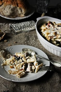Pratos e Travessas: Small rigatoni with chicken, mushrooms and chouriço | Food, photography and stories