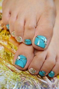 Junx toenails