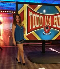 María Lama genial con nuestros stilettos con plataforma en Todo va bien   ¡ Nos encanta !  #celebritiesconMARYPAZ #gracias #algoestapasandoenMARYPAZ #newcollection #OI14  Shop at ► http://www.marypaz.com/tienda-online/stiletto-con-plataforma-y-punta-redonda-24476.html?sku=69643-42