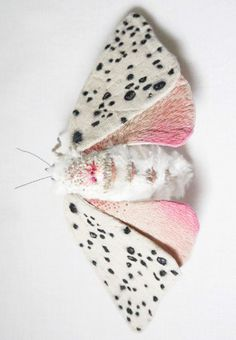 Textile Moth and Butterfly Sculptures by Yumi Okita Beautiful Bugs, Beautiful Butterflies, Soft Sculpture, Metal Sculptures, Abstract Sculpture, Bronze Sculpture, Bug Art, Textiles, Bugs And Insects