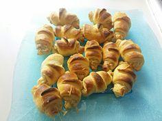 Mini croissants rillettes de thon