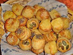 Nem vagyok mesterszakács: Leveles pogácsa alaprecept – a legfinomabb Croissant, Pretzel Bites, Scones, Biscuits, Muffin, Bread, Baking, Vegetables, Breakfast